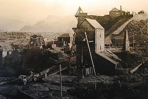 Model cornish engine house